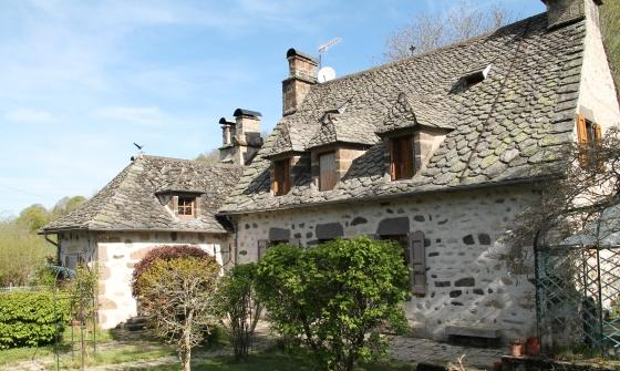 Vieille maison a renover interesting vente villa maison - Renover une vieille maison ...